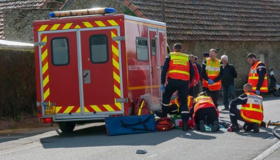 Firefighter First Aid First Aider - barskefranck / Pixabay